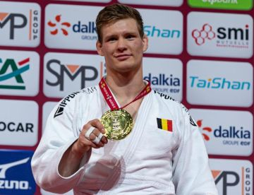 Casse weer golden boy in Parijs
