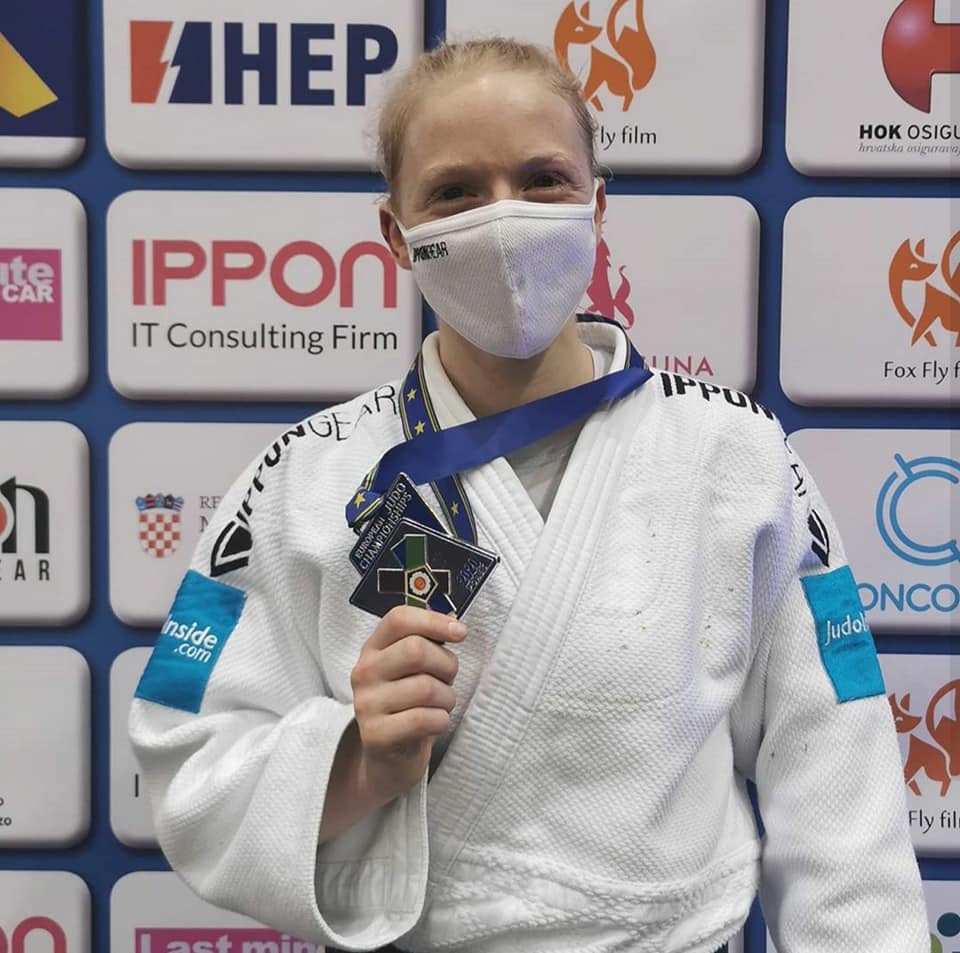 Meiden van goud voor Team IPPON GEAR Nederland
