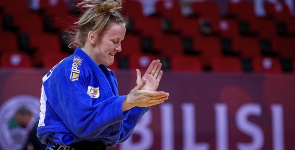 Geke van den Berg in IPPON GEAR